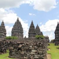Borobudur Prambanan 2D1N
