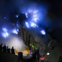 IJEN BLUE FIRE HIKING