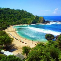 YOGYAKARTA : SNORKELING TO NGLAMBOR & SADRANAN BEACHES